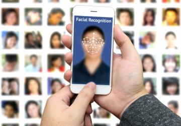 Riconoscimento facciale: come funziona, sicurezza e privacy
